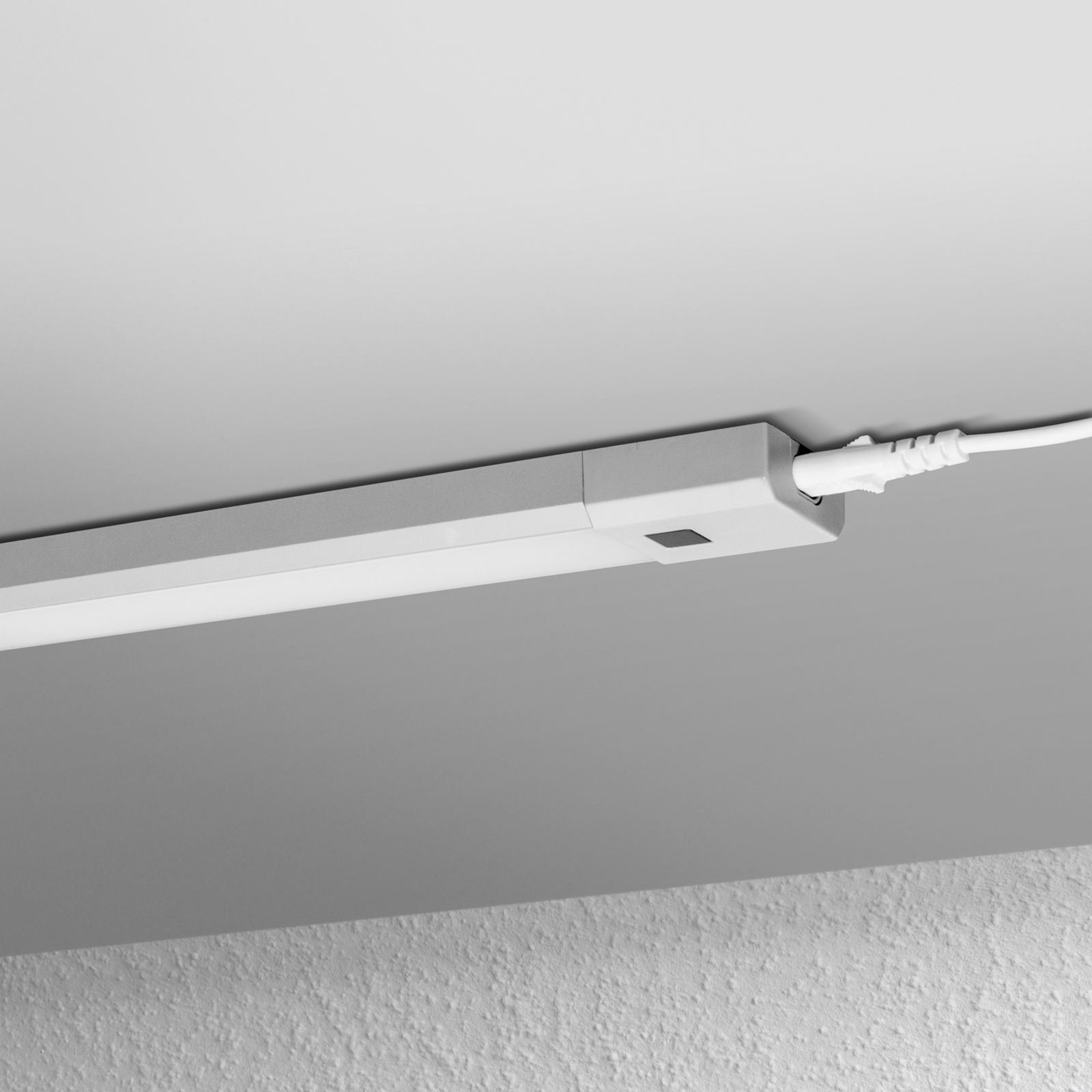 LEDVANCE Linear Slim RGBW benkarmatur 50cm