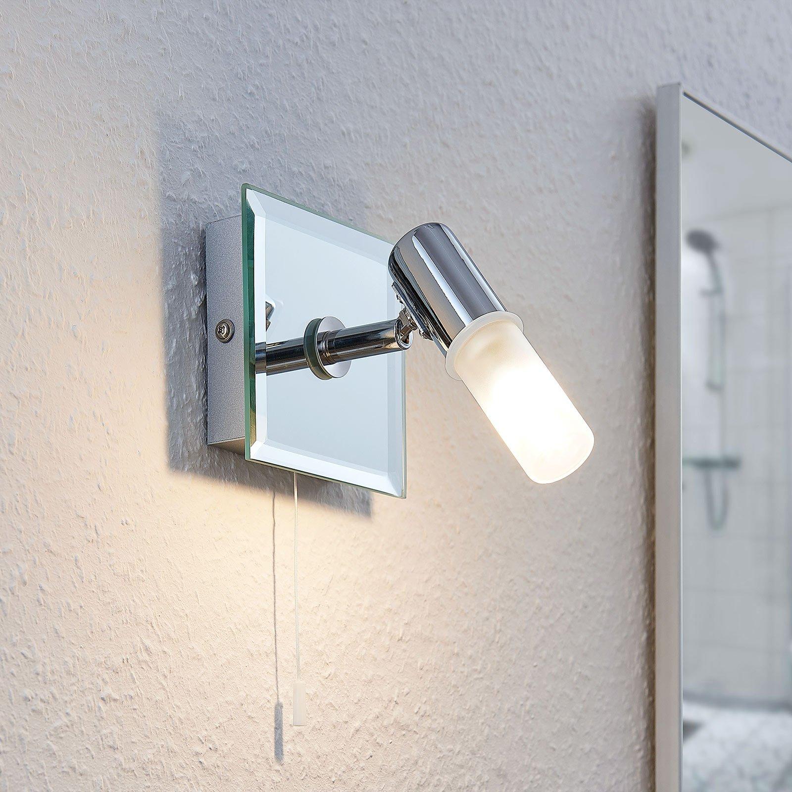Vegglampe Zela, baderomslampe med snorbryter