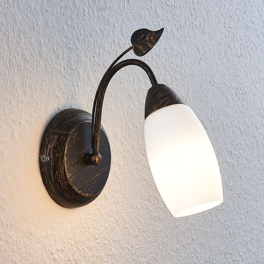 Lindby Isalie LED-seinävalaisin