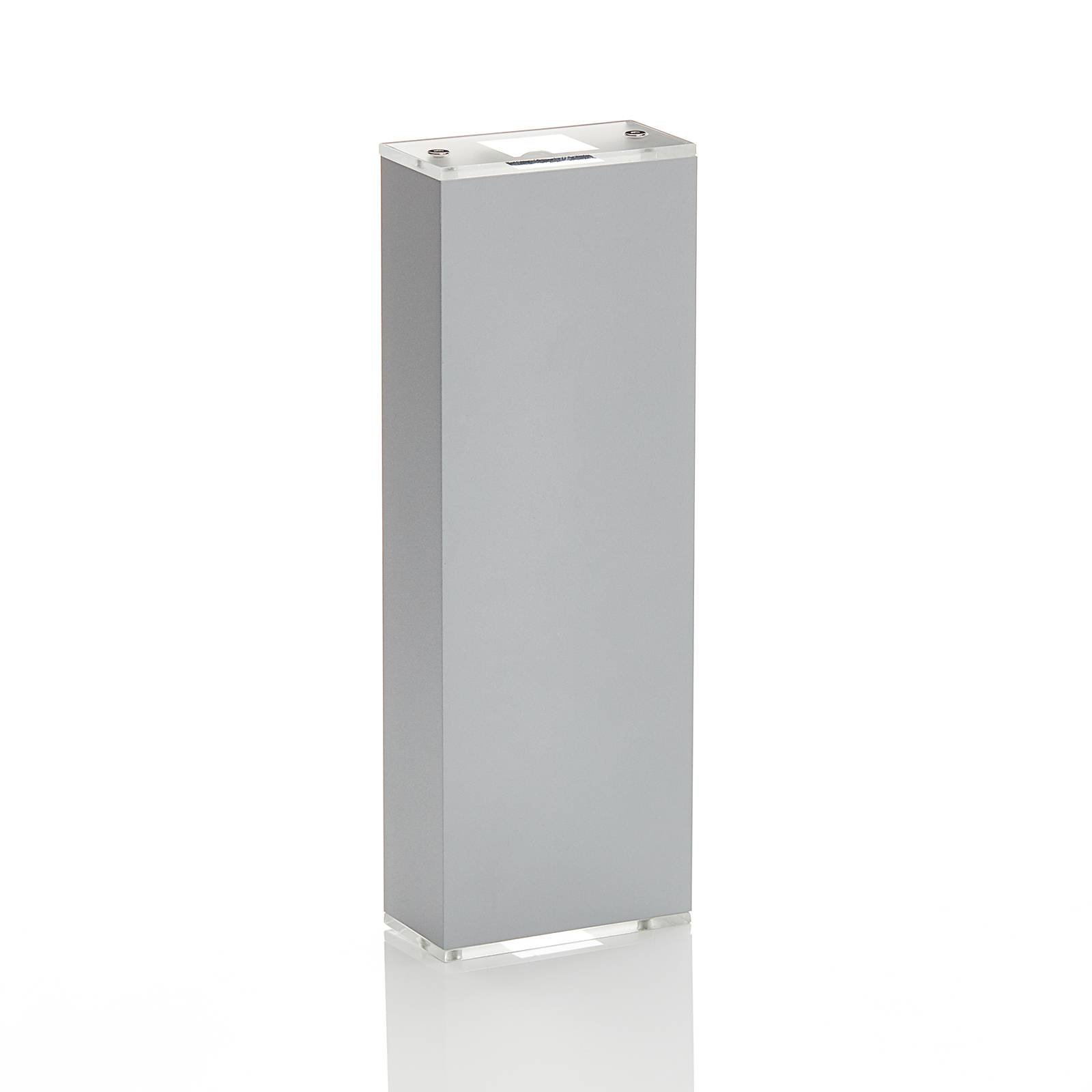 Lucande Anita LED-vegglampe sølv, høyde 26 cm