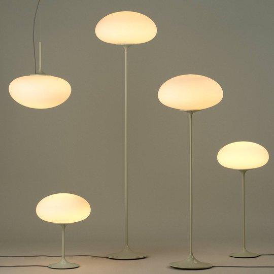 GUBI Stemlite bordlampe, grå, 42 cm