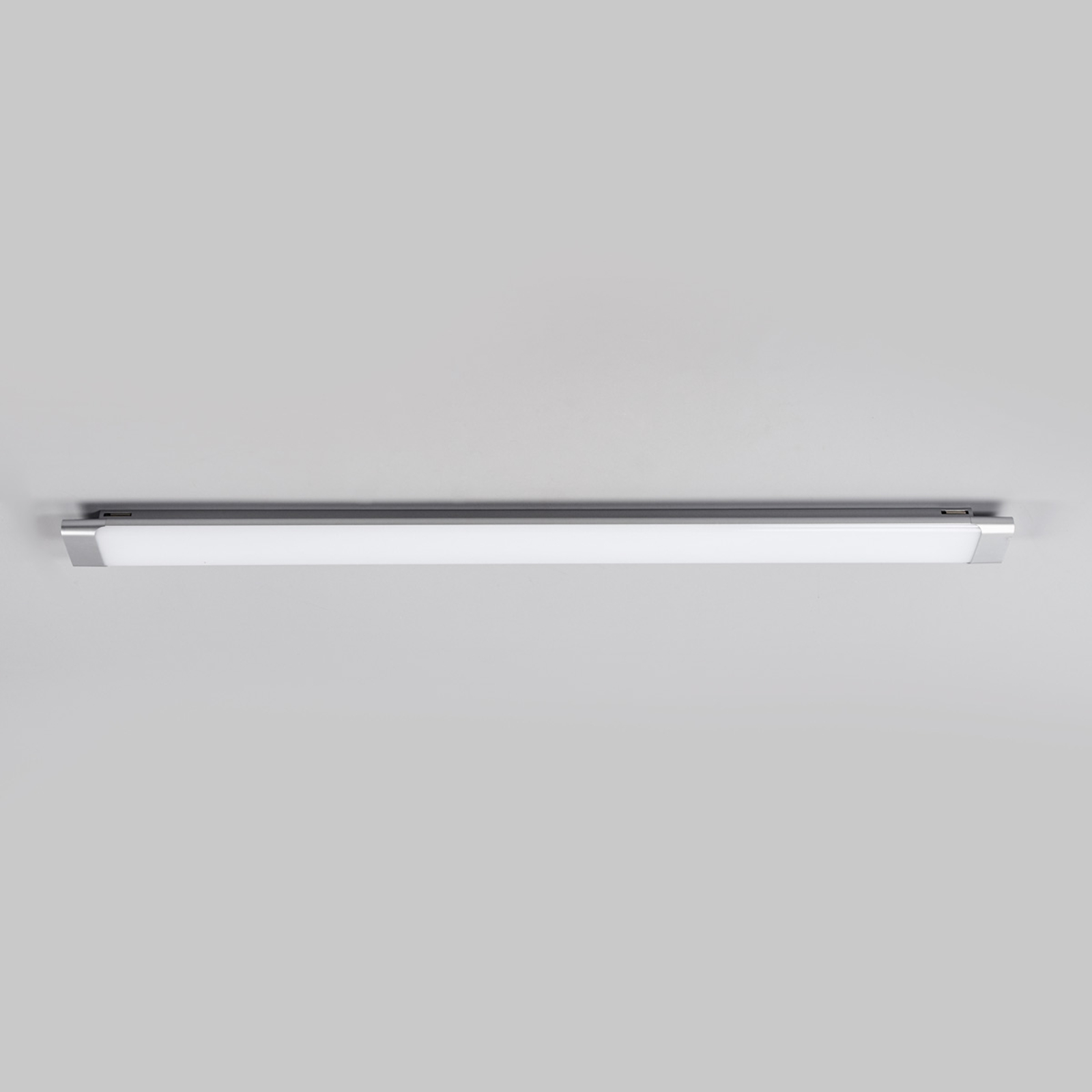 Vinca – LED-kattovalaisin, 120 cm