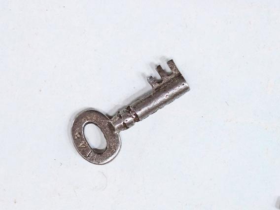 Old Key - Extra Small