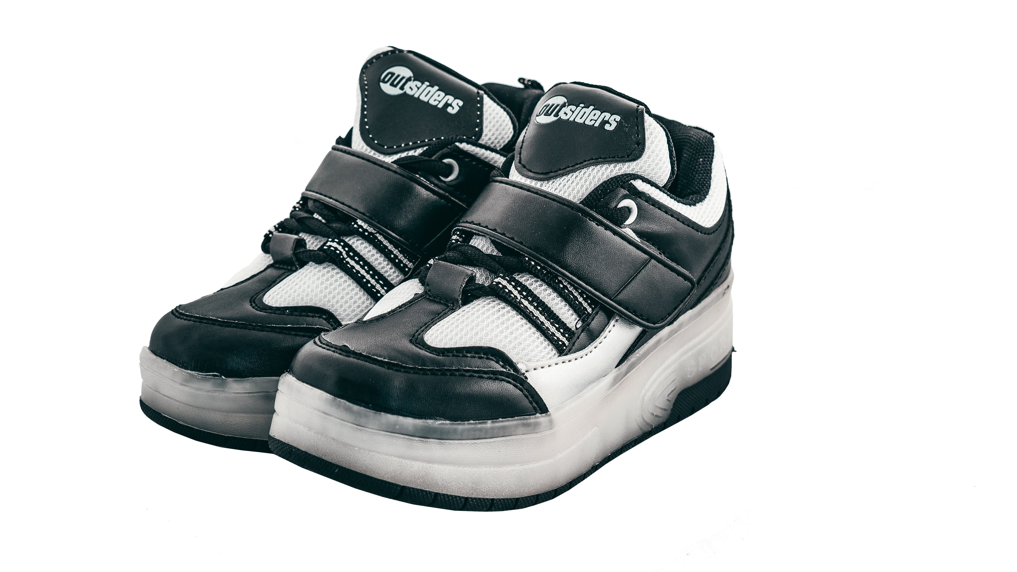 Outsiders - Roller Shoes with LED - Black/Silver (size: 30)