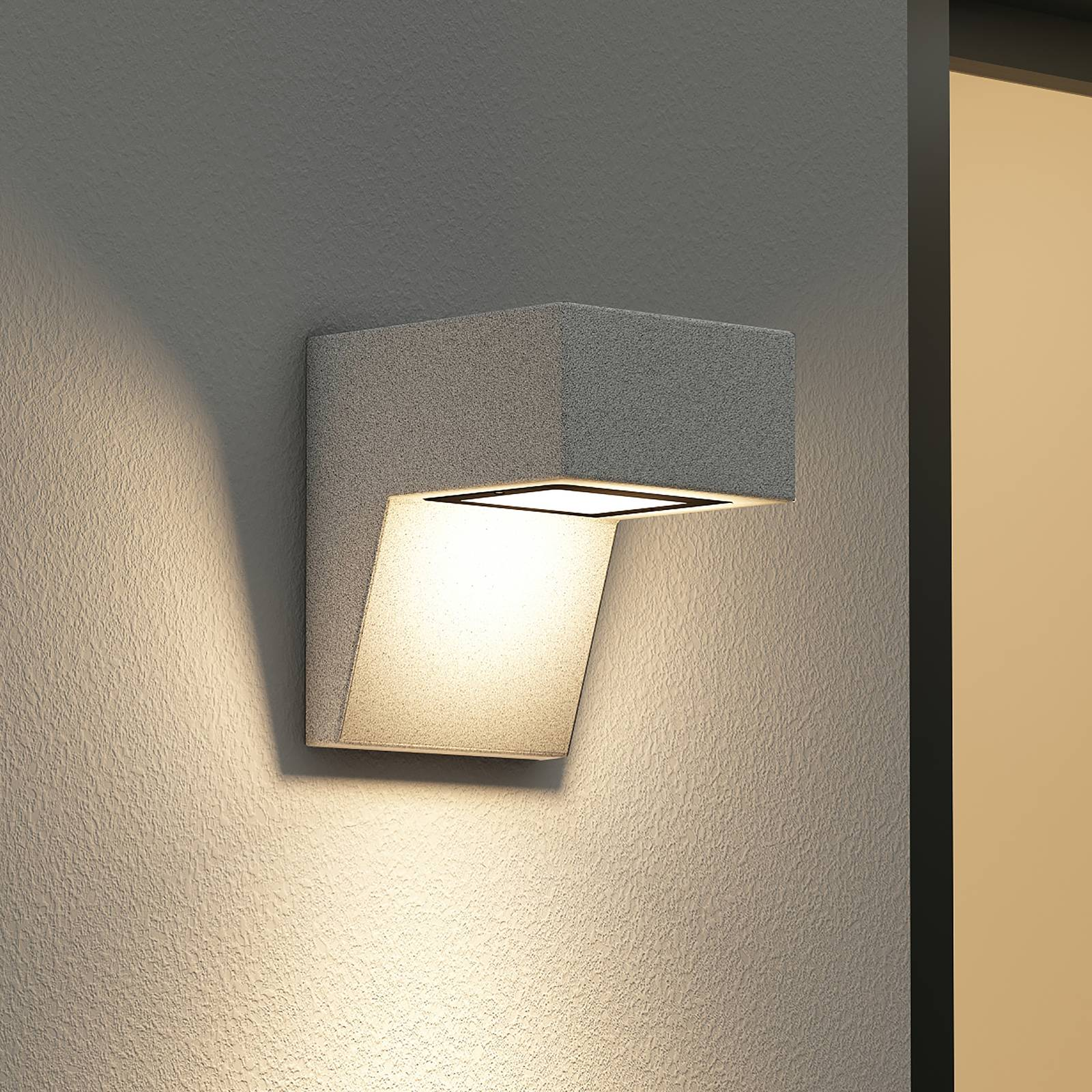 Arcchio -LED-ulkoseinälamppu Udonna pidin alhaalla
