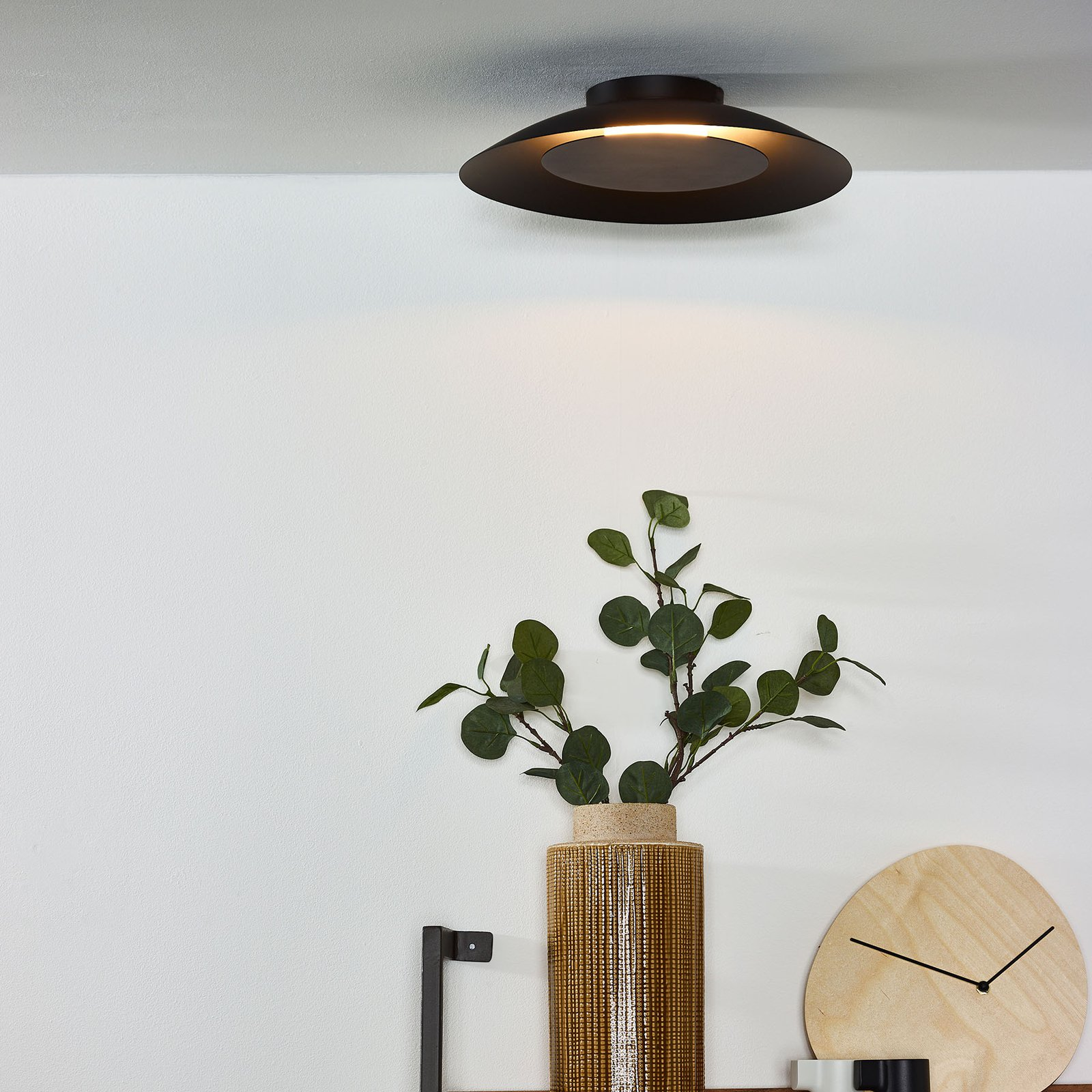 Foskal LED-taklampe i svart, Ø 34,5 cm