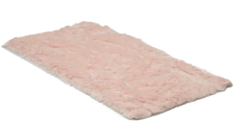Fur rosa - saueskinn i kunstmateriale