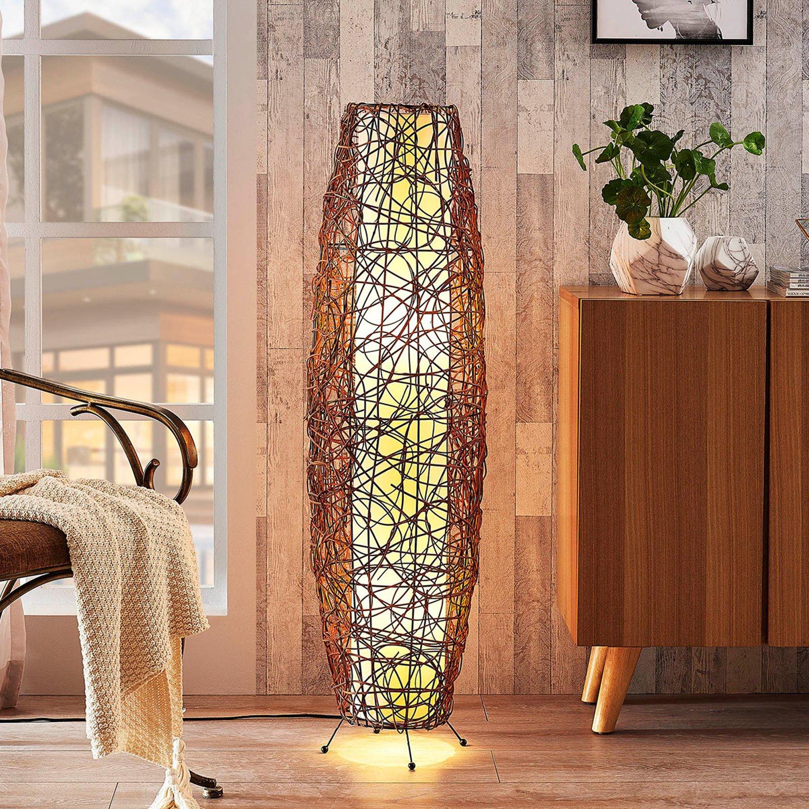 Nias - rund gulvlampe i rotting og tekstil