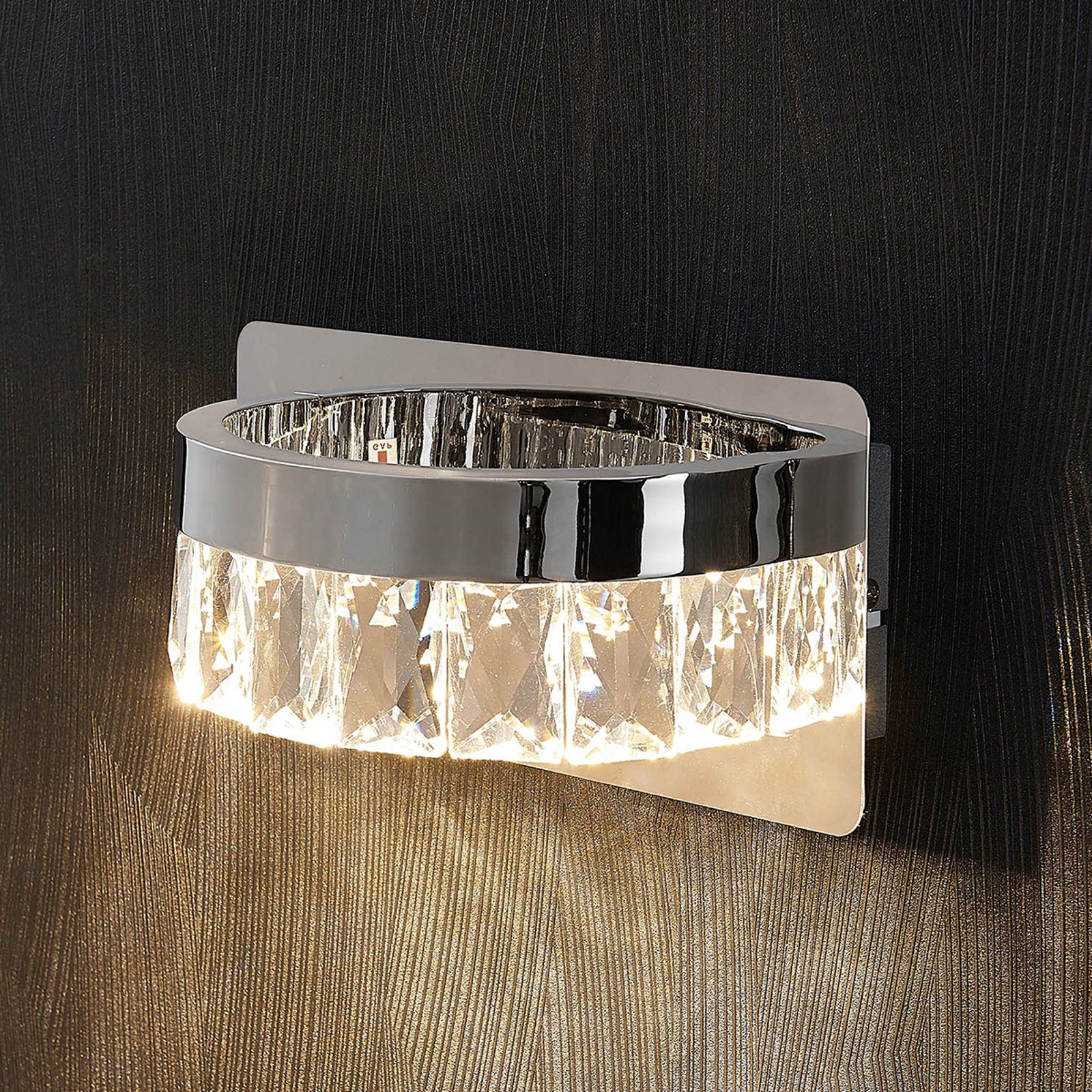 Forkrommet LED-vegglampe Sula i krystall