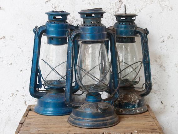 Old Blue Storm Lamp Blue