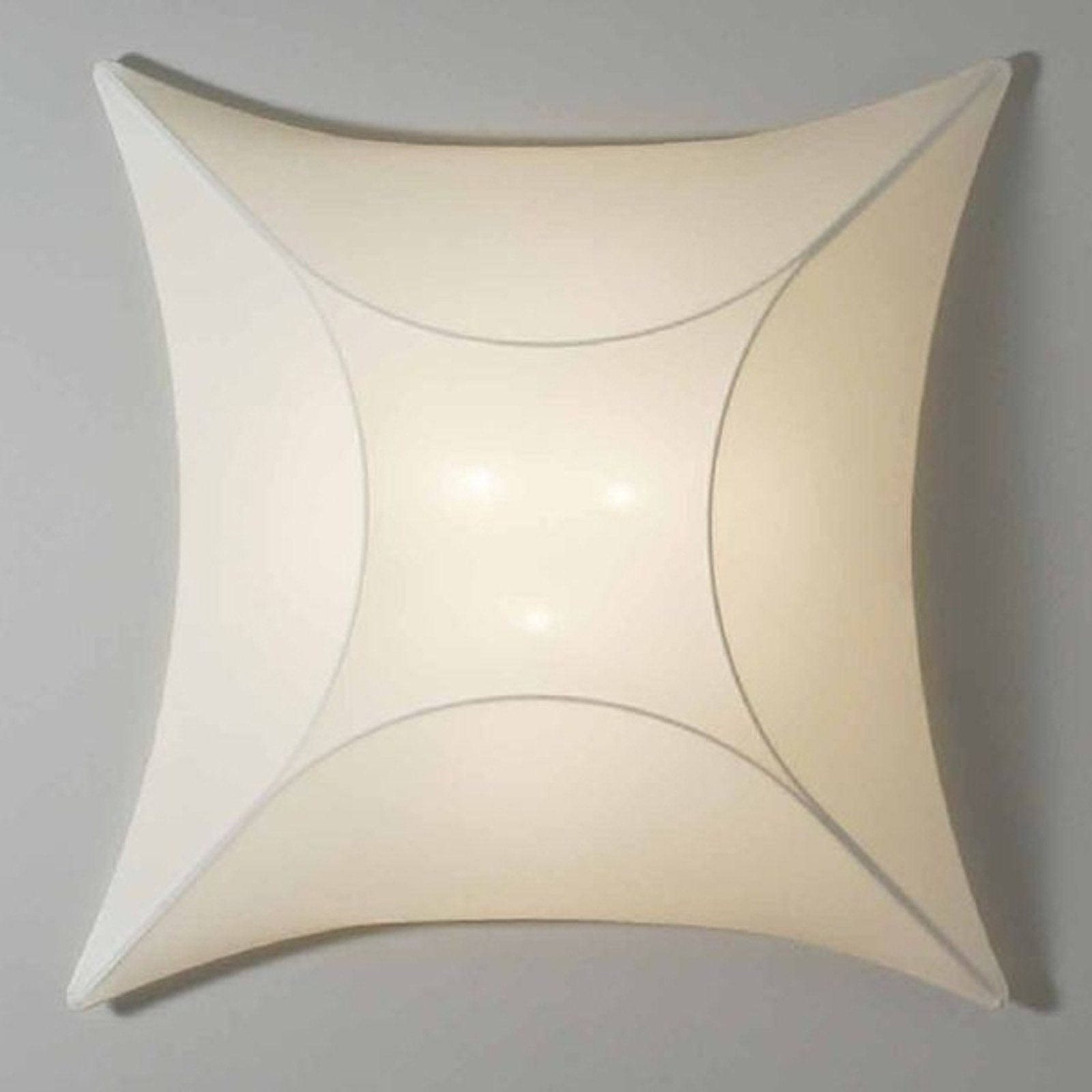 Ekstraordinær Rino vegglampe 90 cm x 90 cm