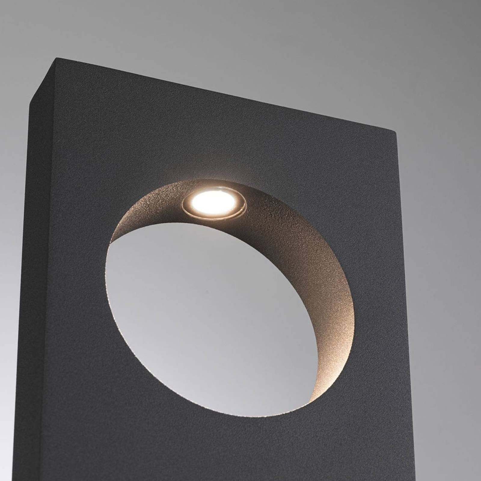 Paulmann Ivo -LED-pylväsvalaisin, 230 V