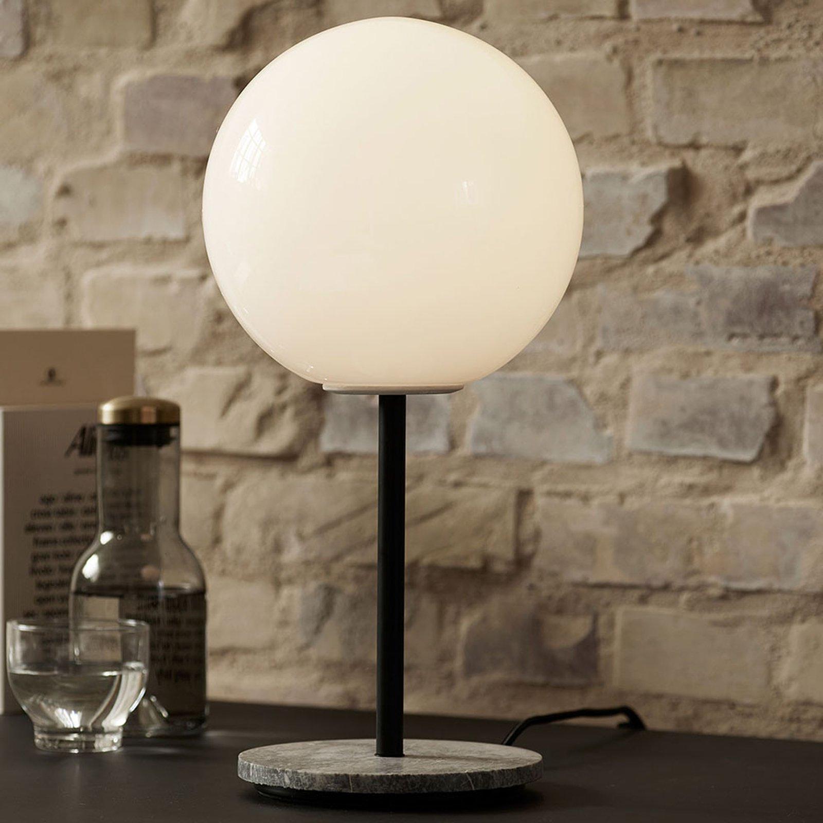 Menu TR Bulb DTW bordlampe 41 cm marmor/opal blank