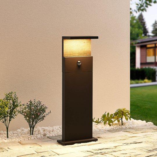 Lucande Lignus -LED-pollarivalo, liiketunnistin