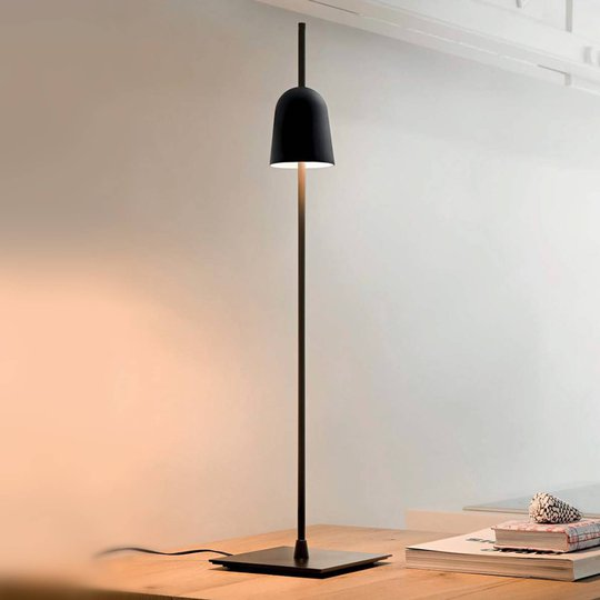 Ascent-LED-pöytävalaisin