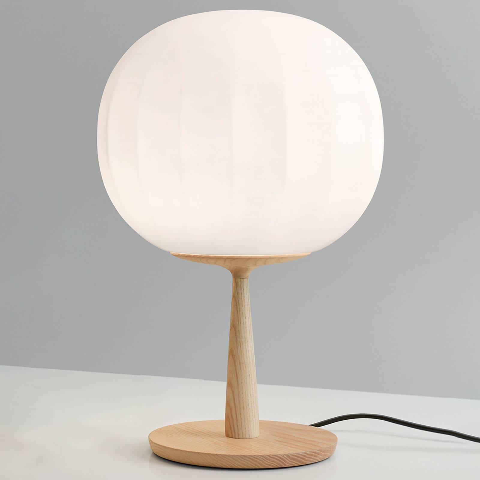 Luceplan bordlampe Lita fot i eiketre høyde 46 cm