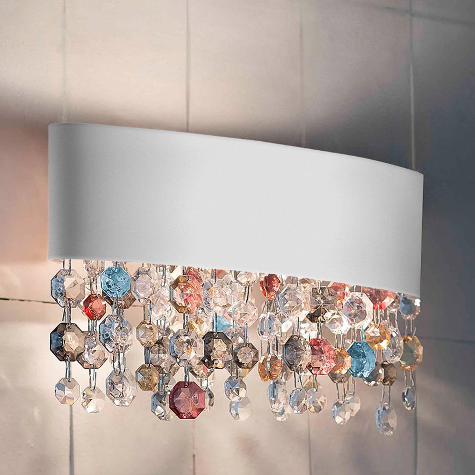 Valkoinen seinävalaisin Ola lasiriipuksilla, 50 cm