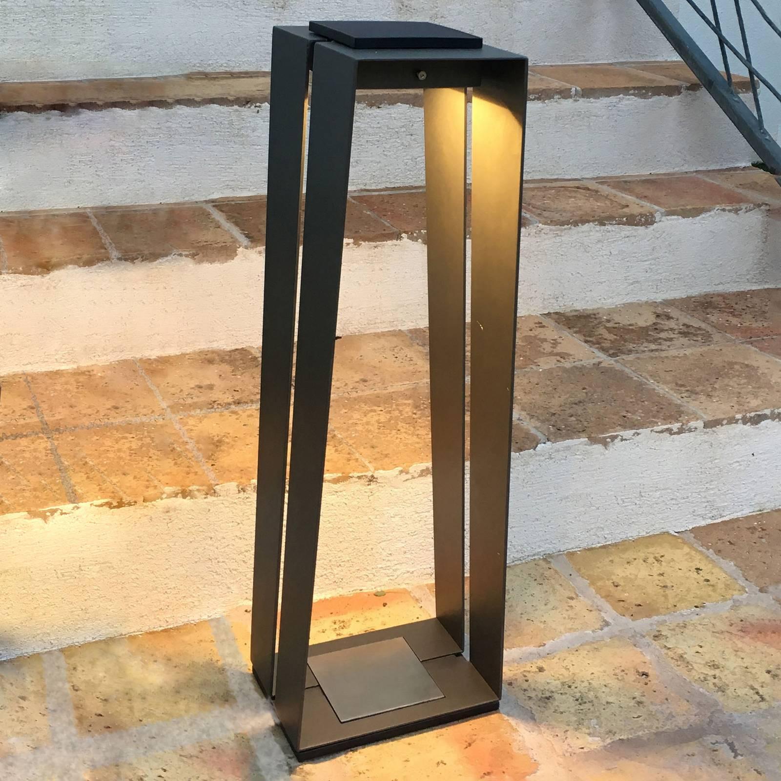 Aurinkokäyttöinen LED-lyhty Skaal alumiinia, 70 cm