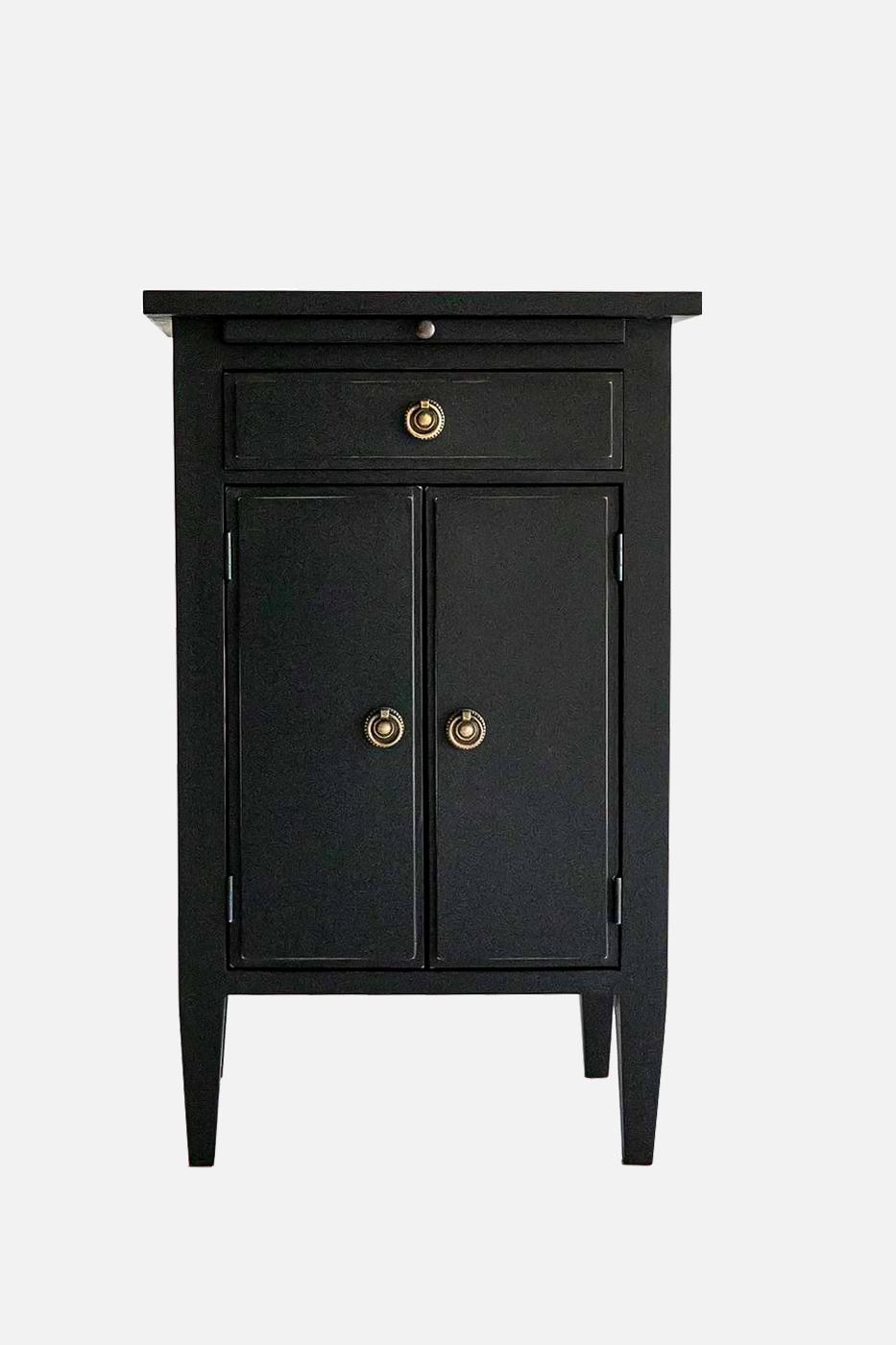 Sängbord Oscar 1 låda 2 dörrar svart