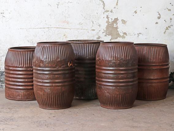 Vintage Metal Barrel - Medium Black