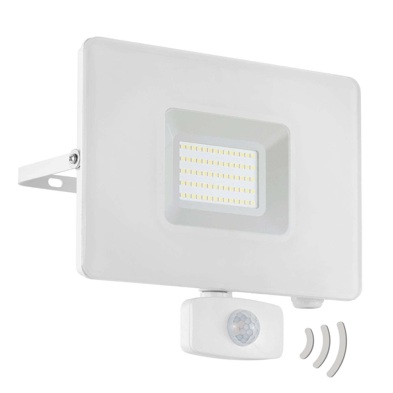 Utendørs LED-spot Faedo 3 med sensor, hvit, 50 W