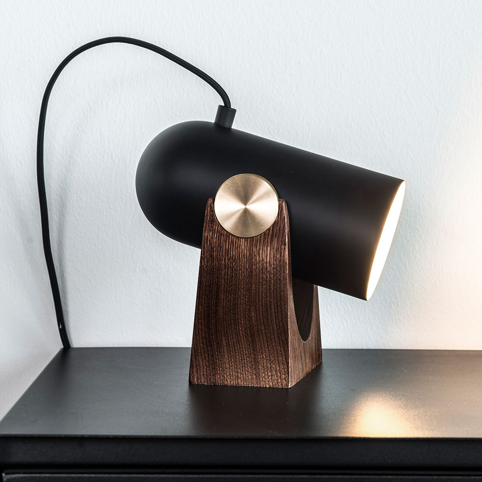 LE KLINT Carronade - svart bordlampe