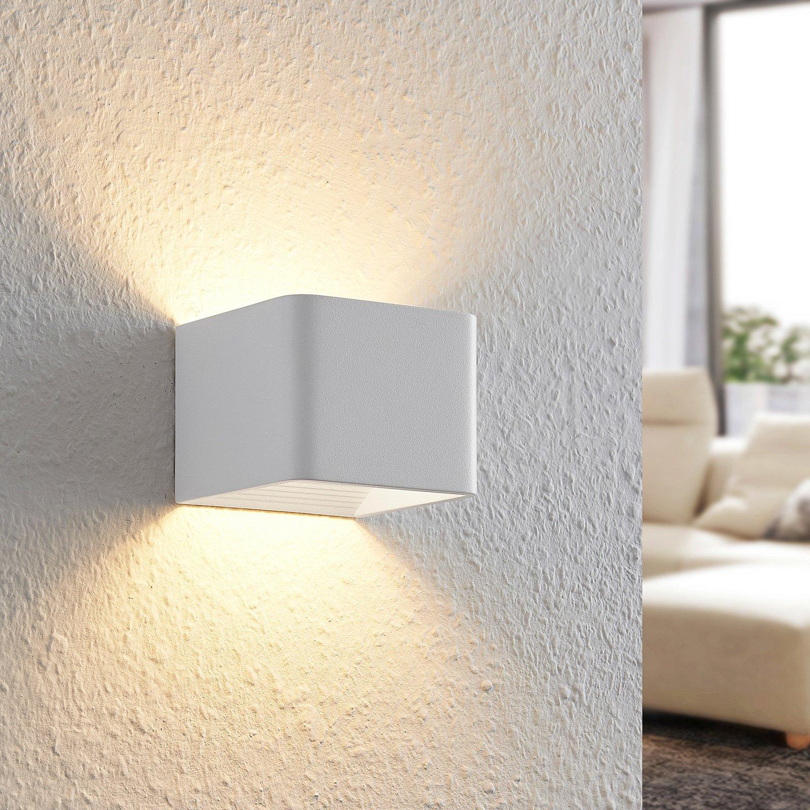 Arcchio Karam LED-vegglampe, 10 cm, hvit