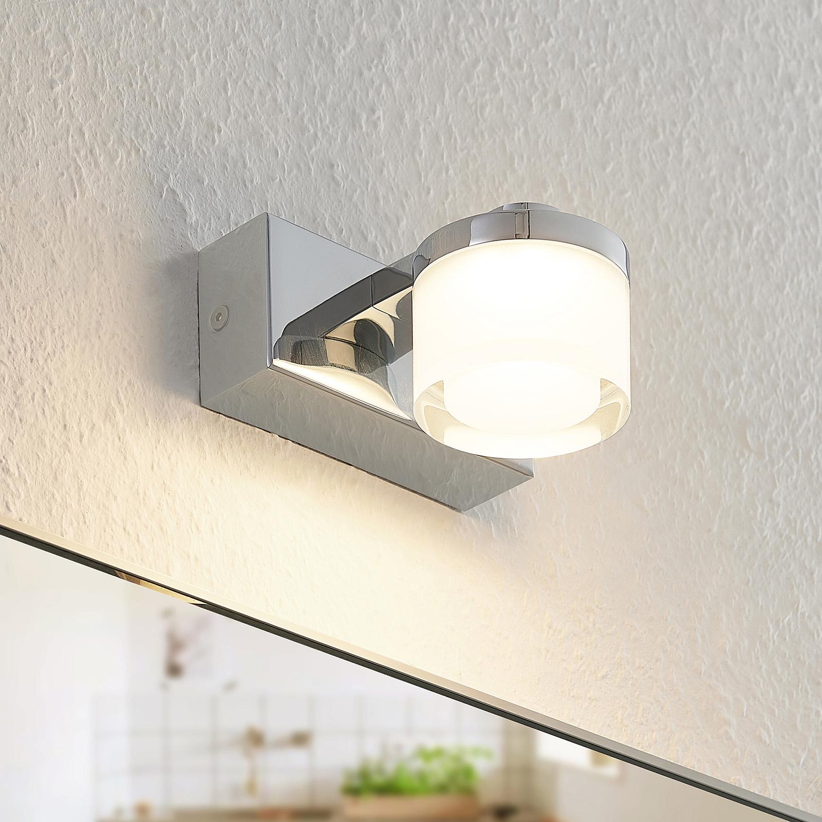 Arcchio Kejan -LED-seinävalaisin IP44 1-lamppuinen