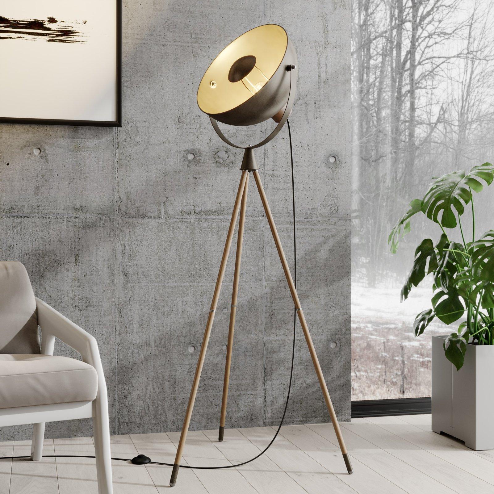 Lindby Scharlie gulvlampe med metallskjerm