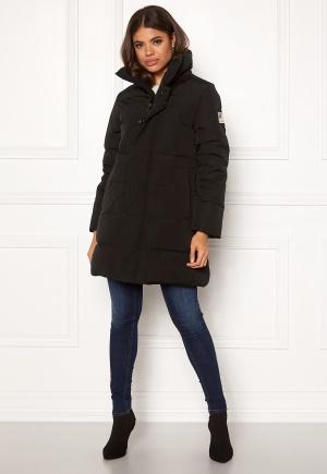 Svea Slim Fit Padded Jacket 900 Black L