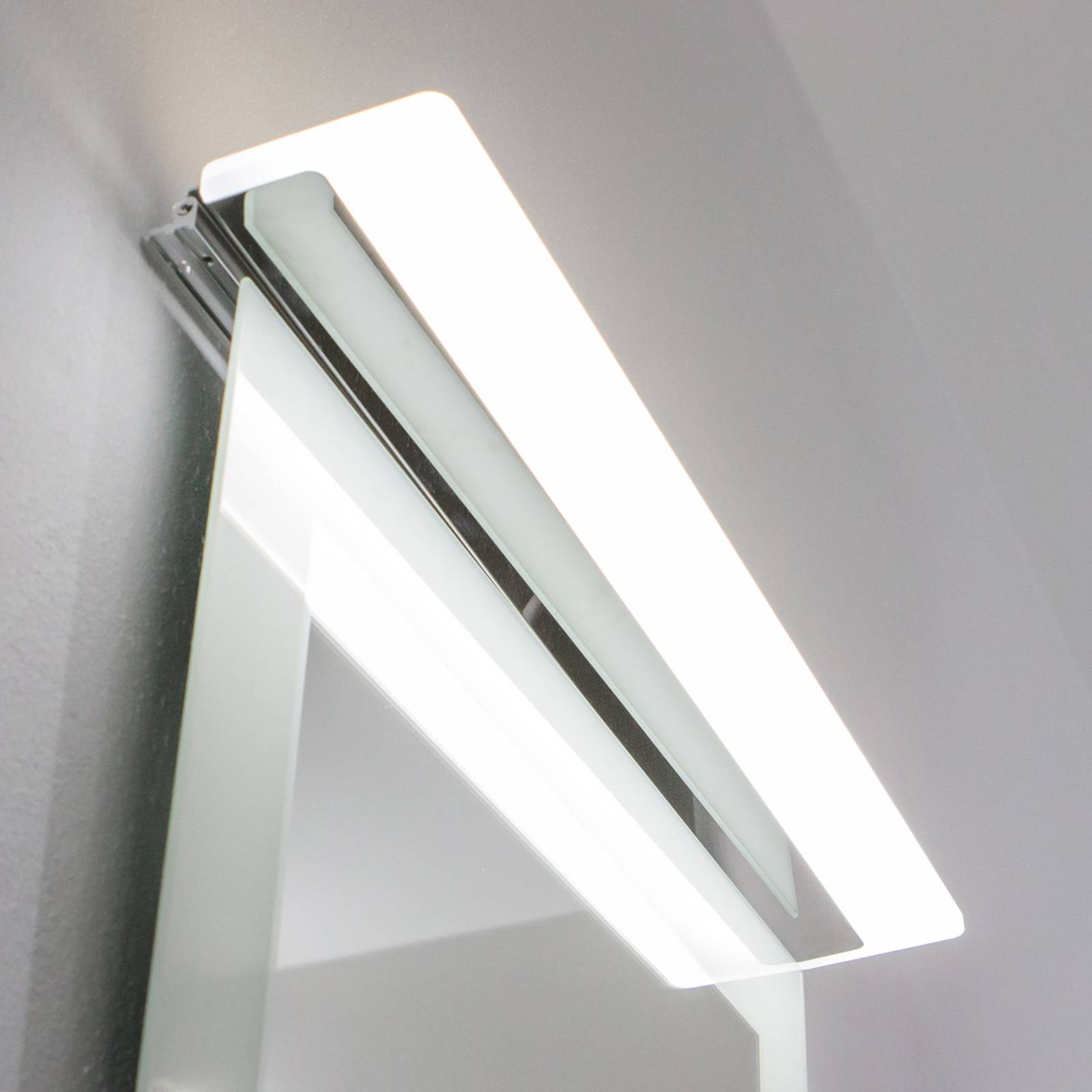 50 cm:n pit. LED-peilivalaisin Katherine S2, IP44