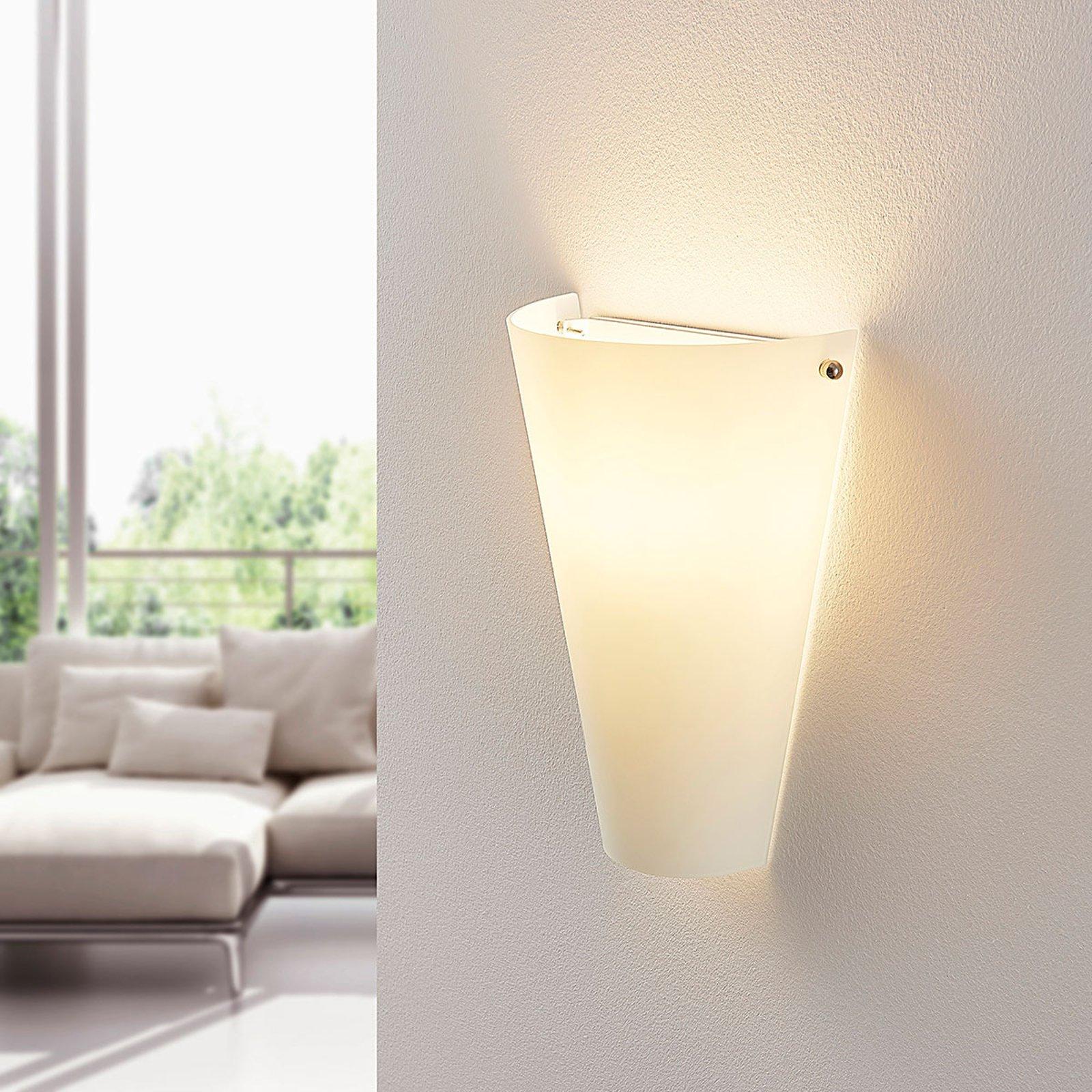 Vegglampe Alia av opalglass med E14 LED-pære
