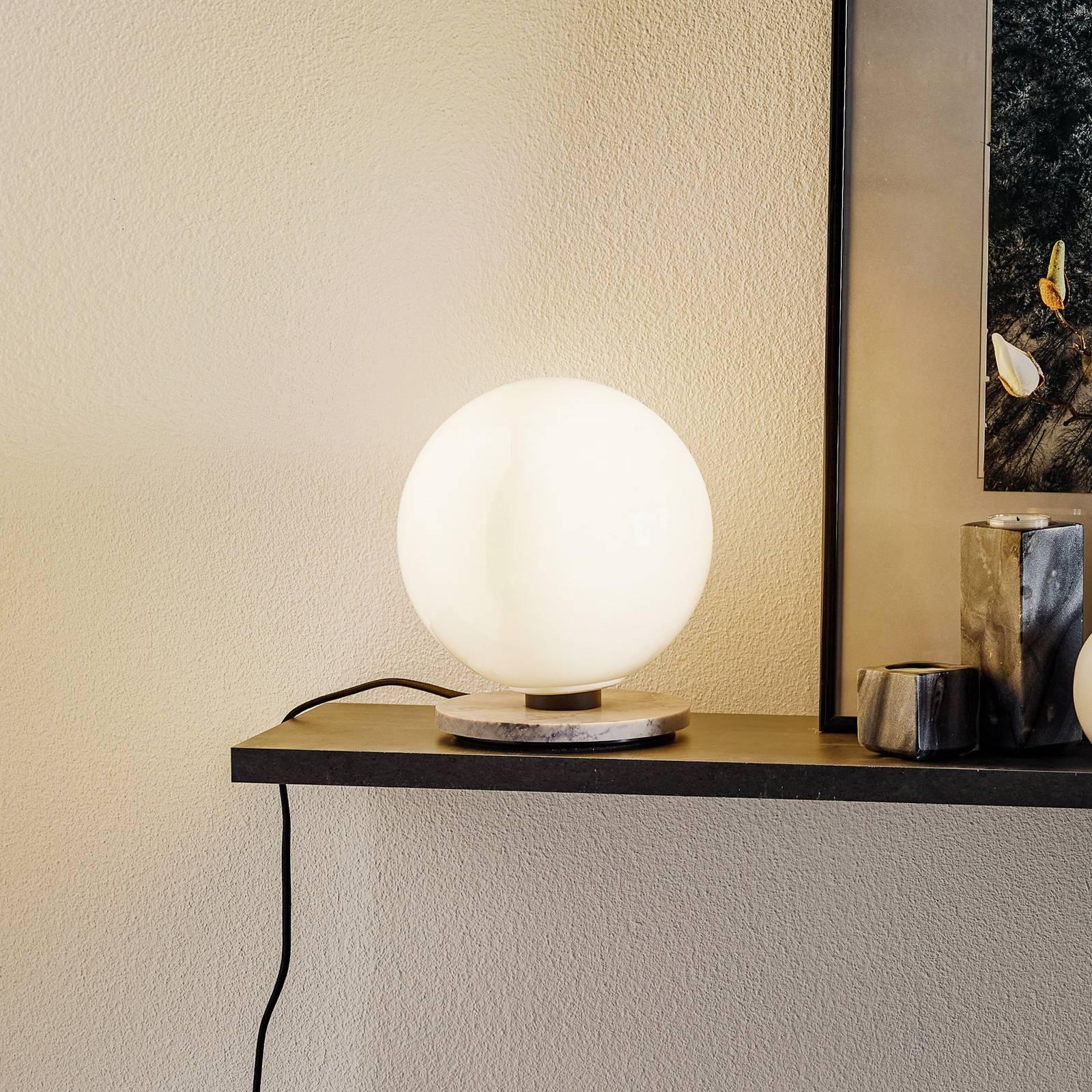 Menu TR Bulb pöytälamppu 22 cm, marmori/kiilto