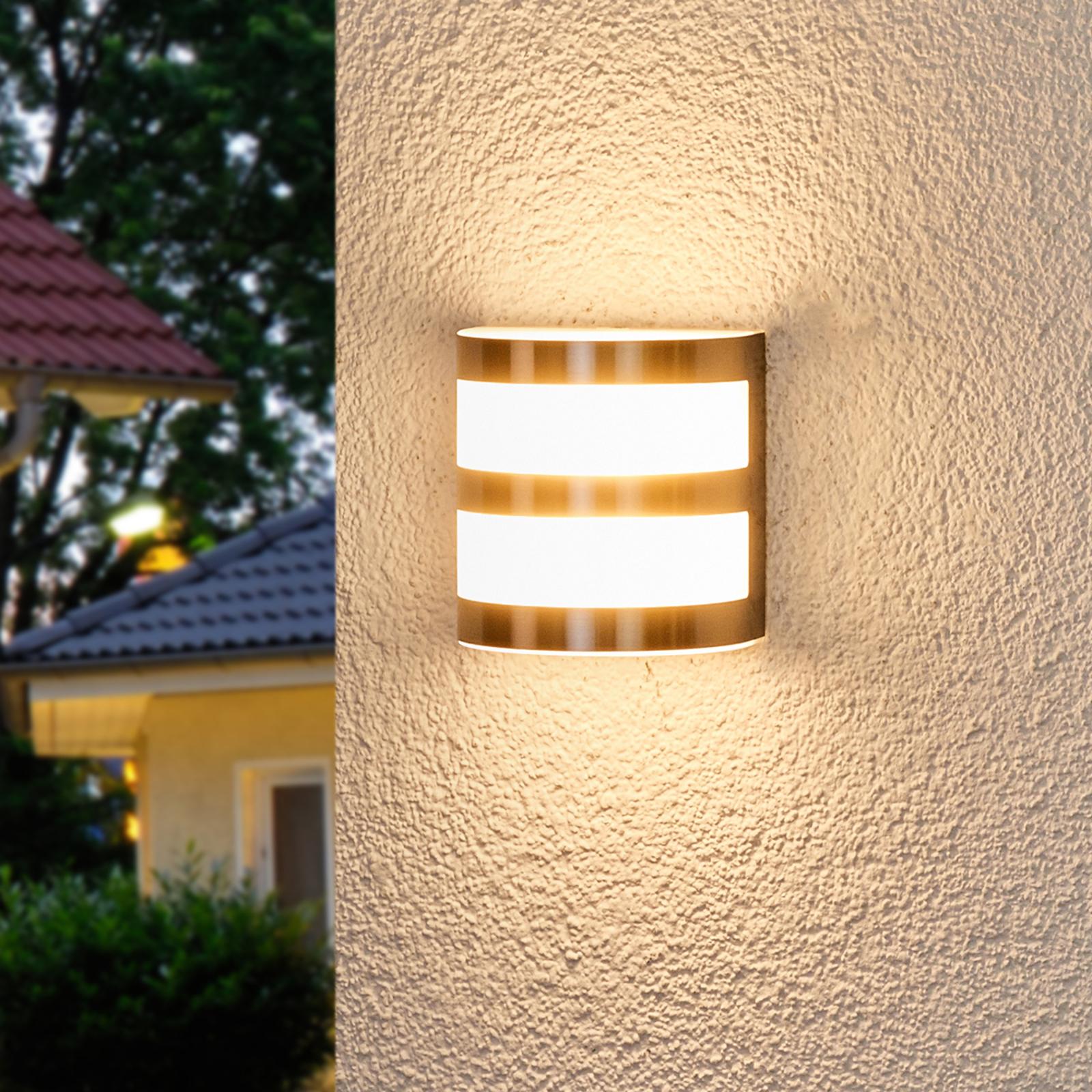 Lucja - LED-ulkoseinävalaisin raidoilla