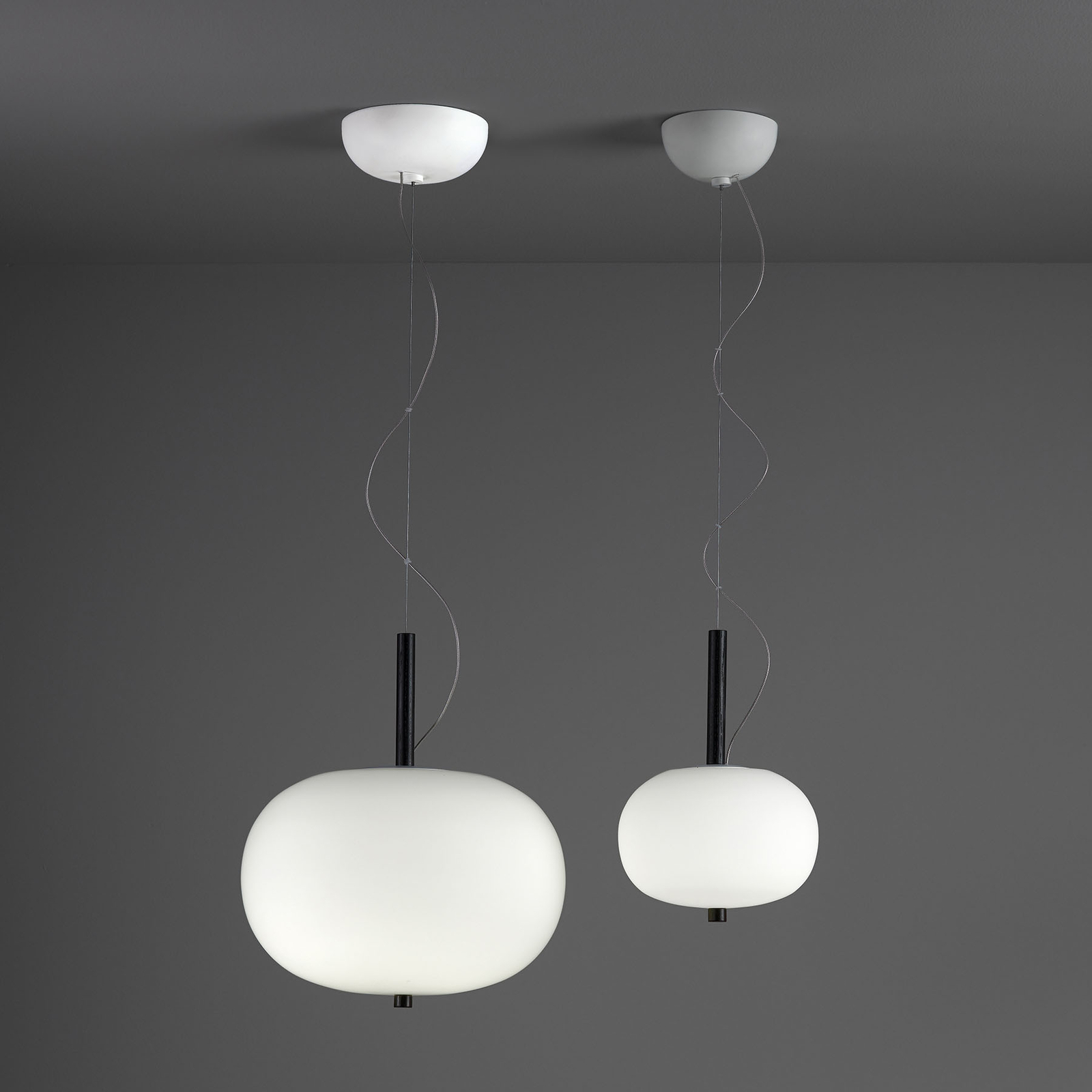 Grok Ilargi -LED-riippuvalo, tumma, Ø 39,5 cm