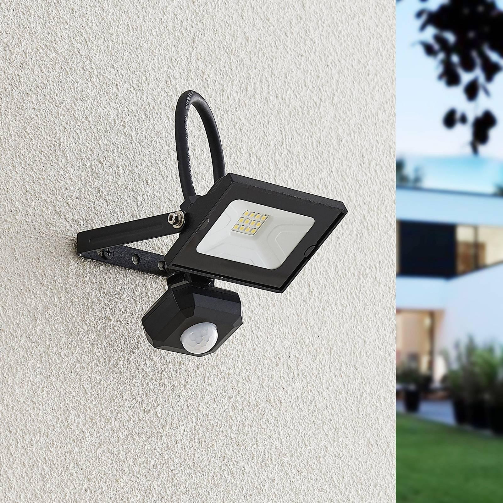 Lindby Aine - LED-kohdevalaisin musta 13,3cm