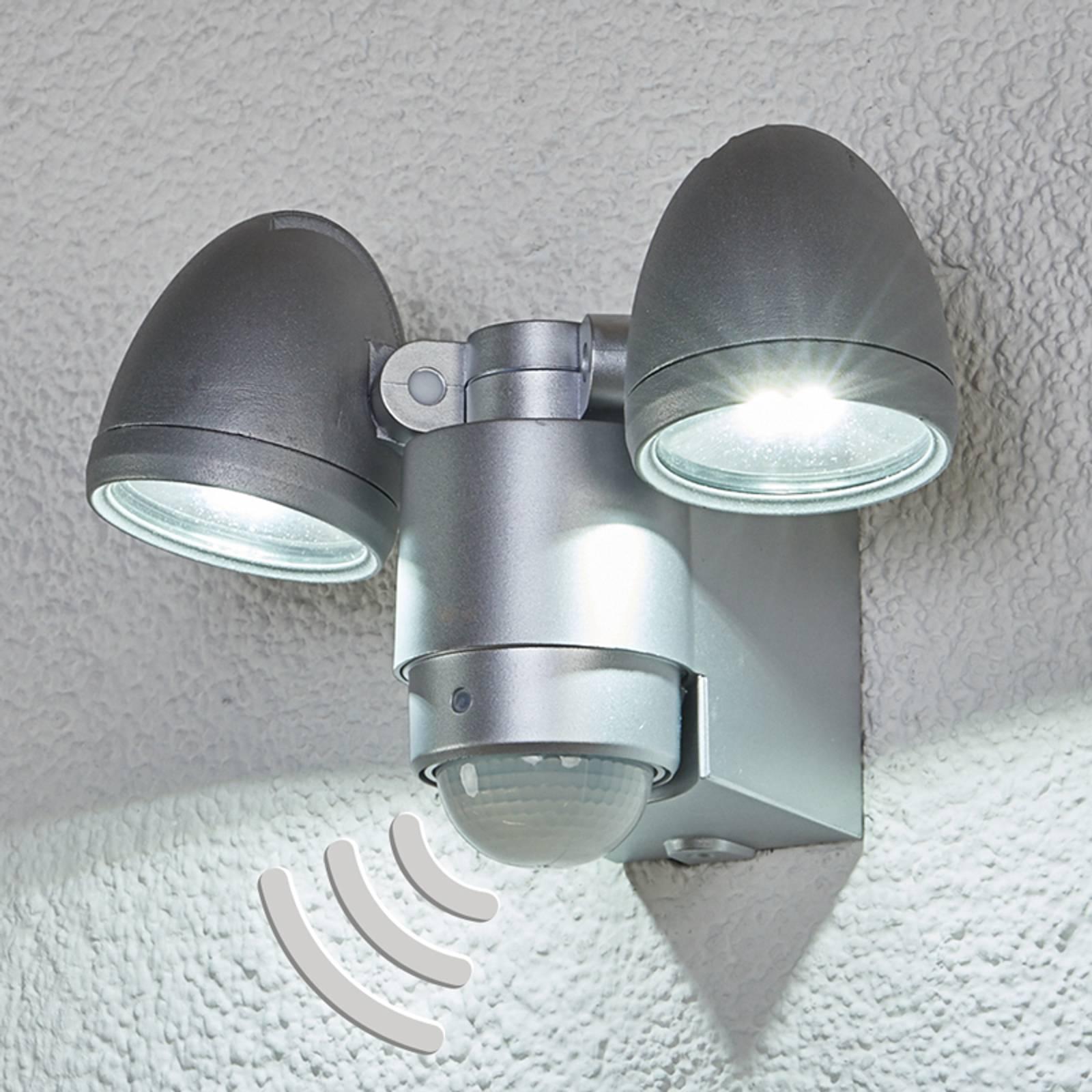 2-lamppuinen Todora LED-ulkovalaisin tunnistimella