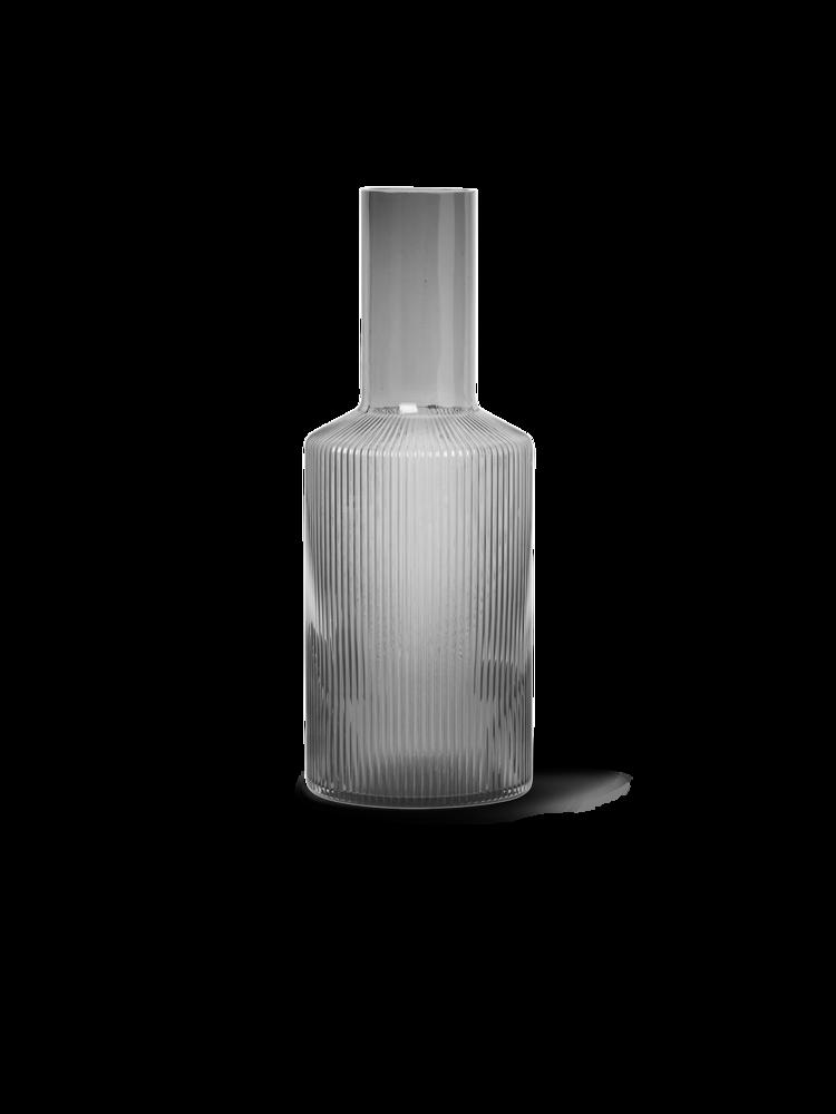 Ferm Living - Ripple Glass Carafe 0,9 L - Smoked Grey (100125112)