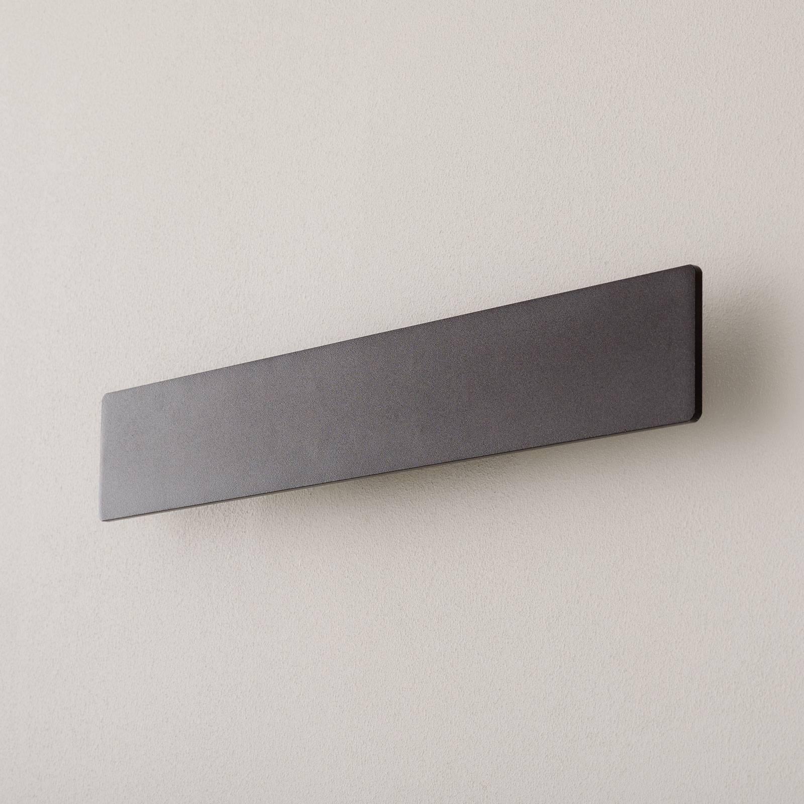 LED-vegglampe Zig Zag svart, bredde 53 cm