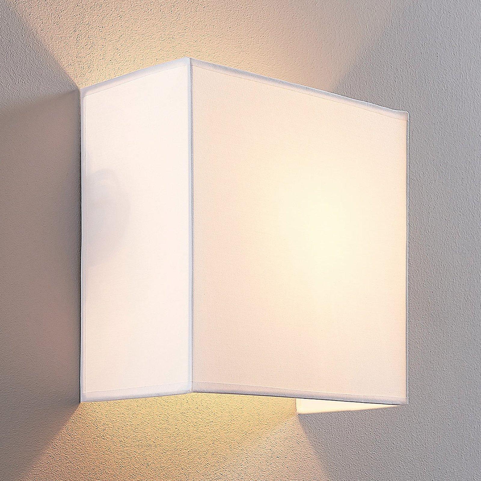 Adea stoff-vegglampe, 25 cm, kvadratisk, hvit