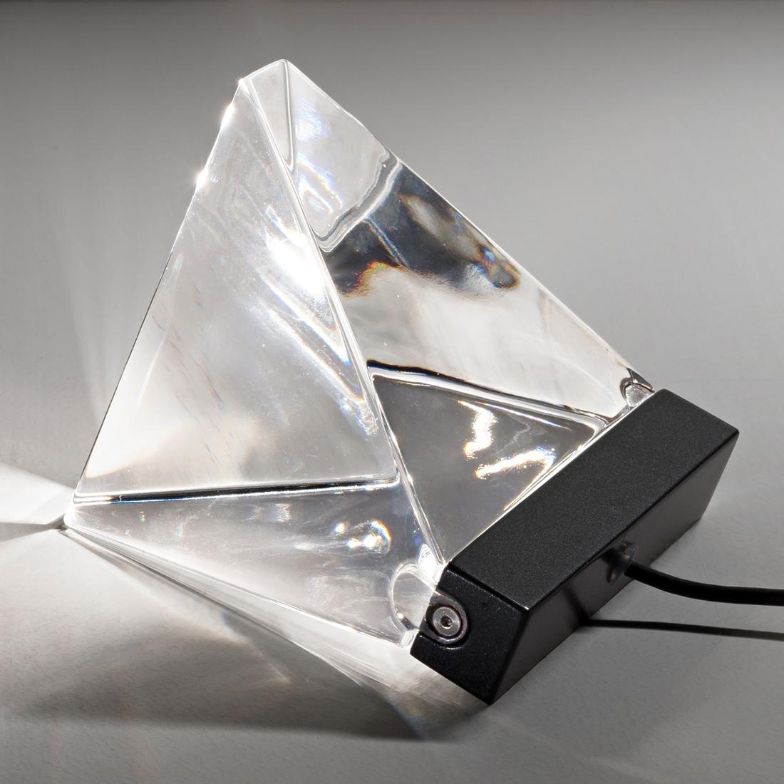Fabbian Tripla -LED-pöytälamppu, antrasiitti