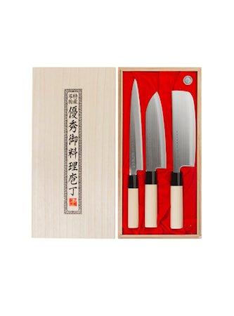 Knivsett i balsaboks (SVK001, SVK002, SVK003)