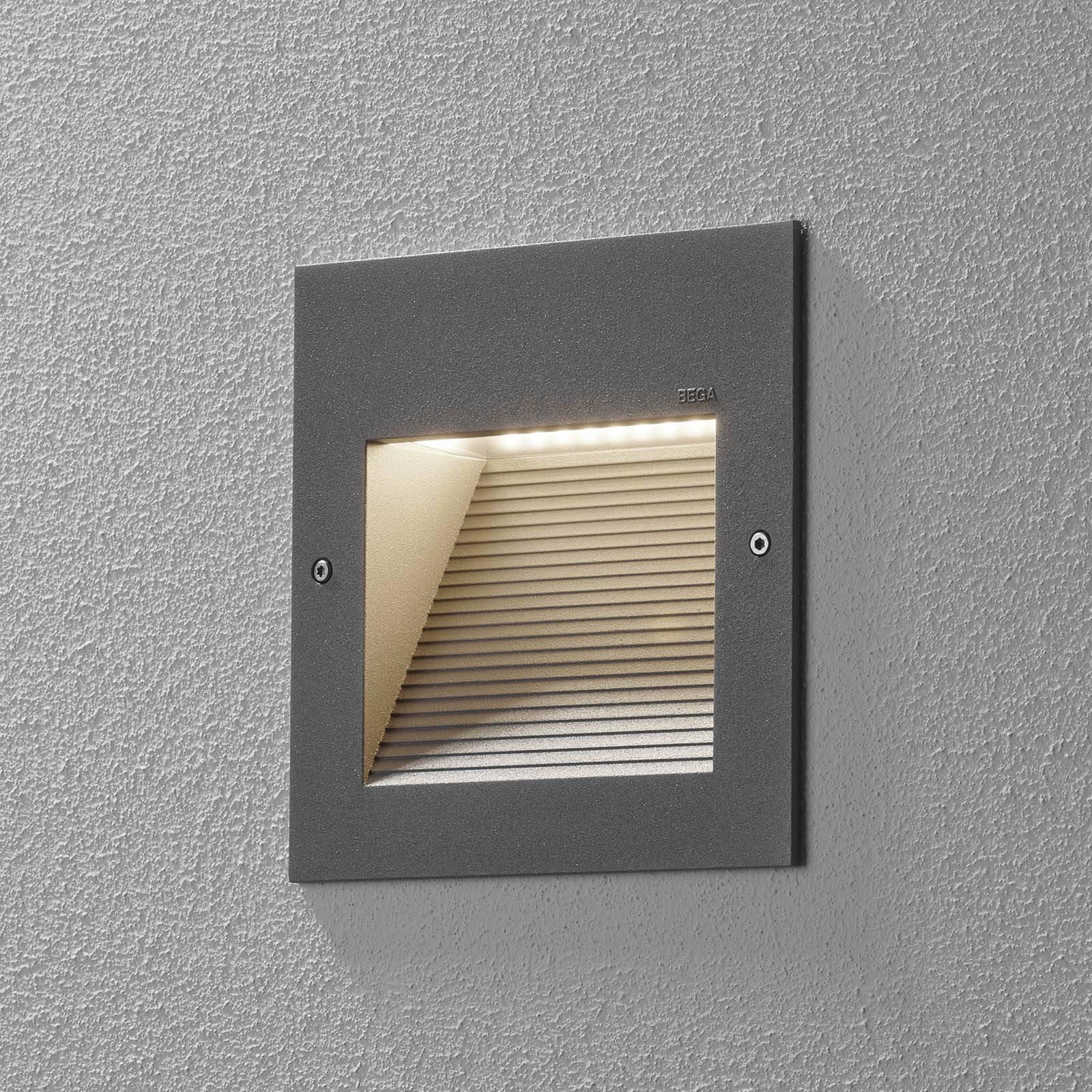 BEGA 24202-LED innfelt vegglampe, 3 000 K, sølv