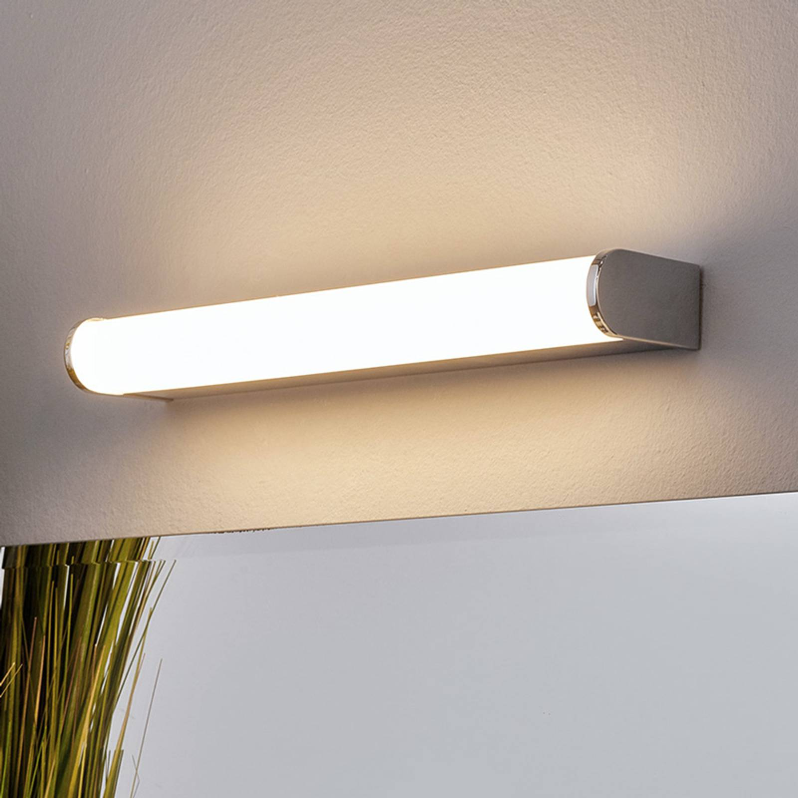 LED-kylpy- ja peilivalo Philippa puolipyöreä 32cm