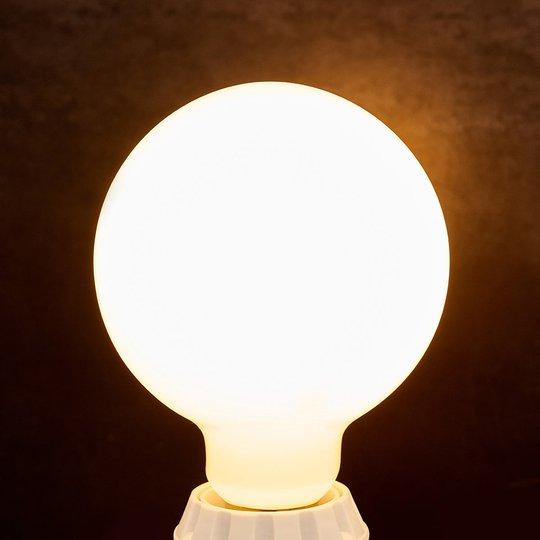 LED-globe-lamppu E27 8W, 880Lm, 2700K, opaali