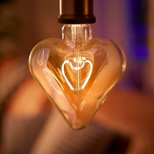 Philips Classic Heart gold LED-lamppu E27 2,3W