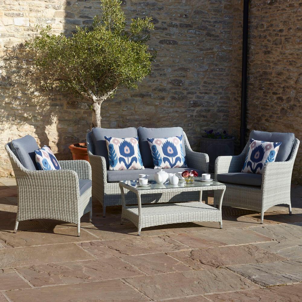 2021 Bramblecrest Tetbury 2-Seat Sofa Set With 2 Sofa Chairs & Coffee Table - Cloud