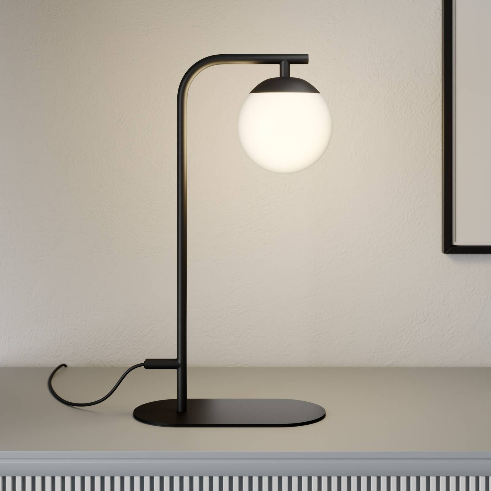 Lucande Rama -LED-pöytävalaisin lasivarjostimella