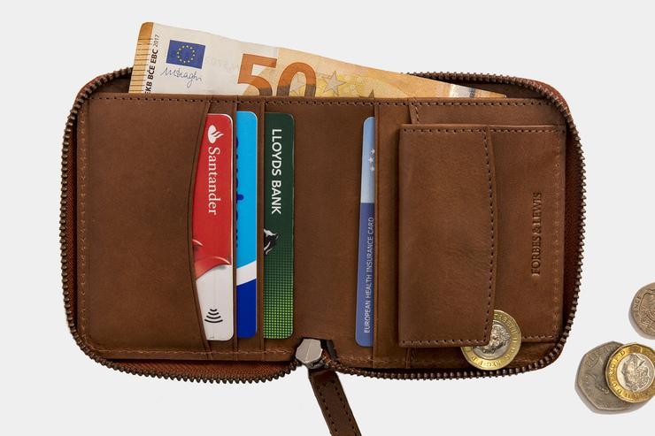 Zip Wallet Tan