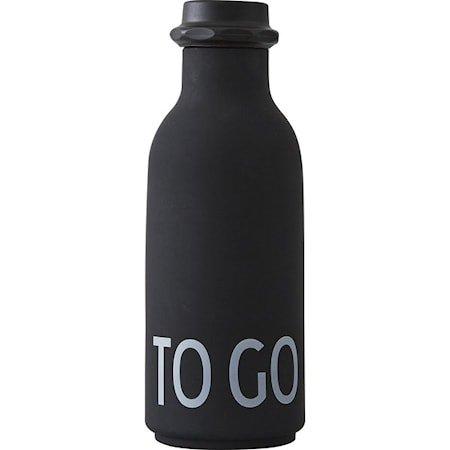 Design Letters Vannflaske «To Go» Svart